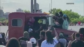 Interview-with-man-who-was-on-bridge-as-semi-truck-barreled-through-George-Floyd-protest-on-I-35W-attachment