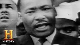 Black-History-Month-Martin-Luther-King-Jr.-Leads-the-March-on-Washington-History-attachment