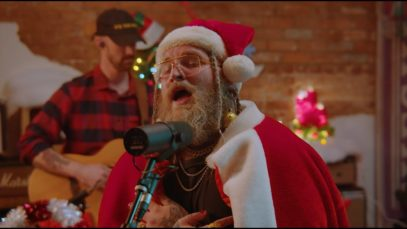 Teddy Swims – Please Come Home For Christmas (Live)